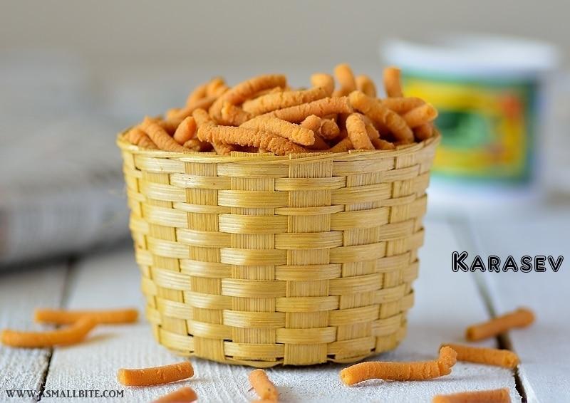 Karasev Recipe | Khara Sev Recipe | Easy Diwali Snacks Recipe