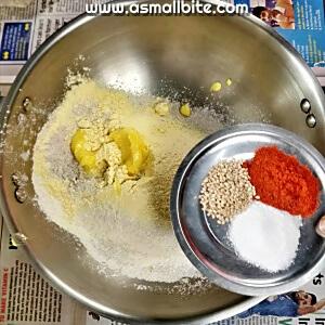 Kezhvaragu Murukku Recipe